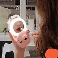 Gương soi kèm đèn Led và quạt tích điện
