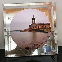 Đồng hồ thủy tinh vuông 20x20 in hình Church - nhà thờ (145) . Đồng hồ thủy tinh để bàn trang trí đẹp chủ đề tôn giáo