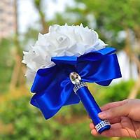 Bó hoa cưới Hàn Quốc tay cầm màu Xanh lam phối Bông trắng