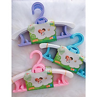 COMBO 5 móc nhựa + 10 móc nhôm treo quần áo trẻ em ( màu ngẫu nhiên ) - Tặng 02 móc chịu lực