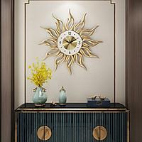 Đồng hồ treo tường biểu tượng mặt trời