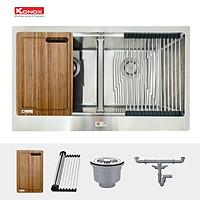 Chậu rửa bát Konox, Apron Series, Model KN8750DA, Inox 304AISI tiêu chuẩn châu Âu, Hạ bậc tích hợp, 870x505x220(mm), Full set gồm thớt gỗ, Roll Mat, Siphon, Hàng chính hãng