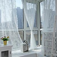 Mành, rèm cửa, vách ngăn phòng khách vải voan xốp họa tiết bông hoa đẹp, sang trọng