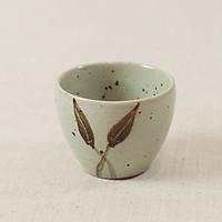 Cốc gốm miệng khum vẽ lá (8x7cm)