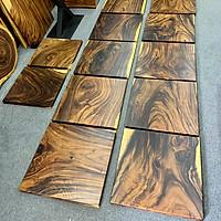 Mặt bàn vuông gỗ me tây nguyên tấm cho quán