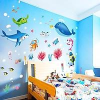 Decal dán tường cho bé hình thế giới cá ngộ nghĩnh