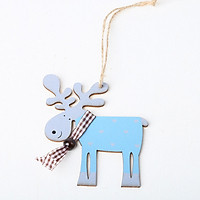 Wood Painted Elk Shape Hanging Pendant for Home Christmas Tree Decor