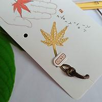 Bookmark kim loại mini lá phong vàng
