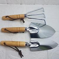 Bộ dụng cụ làm vườn cầm tay cỡ trung bình 3 món gồm 1 xúc, 1 đào, 1 cào dùng trong nông nghiệp làm vườn thương hiệu Aquamate mã GT-24W-123 nhập khẩu Đài Loan