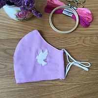 Khẩu trang thêu tay vải linen (Hand Embroidery Mask) berry - Tím Hồng