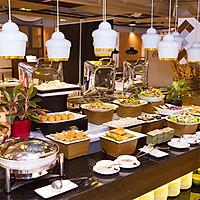 Hoàng Yến - Buffet Tối Hơn 80 Món Việt Tại...