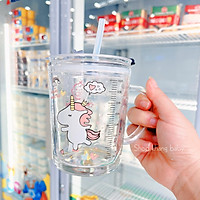 Cốc pha sữa, cốc thủy tinh chịu nhiệt chia vạch có nắp, có ống hút đa năng tiện lợi dung tích 400ml( giao hình ngẫu nhiên)
