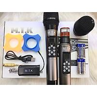 Bộ 2 Micro không dây đa năng Max MTK 1A - Tích hợp chỉnh bass, treble, echo ngay trên thân mic - Màn hình LCD hiển thị tần số - Phù hợp mọi thiết bị  - Micro karaoke, livestream, thu âm cao cấp - Hàng chính hãng
