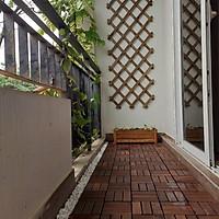Combo 5 Tấm Sàn Gỗ Tự Nhiên Vỉ Nhựa Lắp Ghép Decor Phòng Khách, Ban Công, Nhà Tắm, Ngoài Trời Gỗ Keo Xuất Khẩu