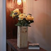 Lọ hoa giả trang trí nhà hoa trà nhị đen HOA061