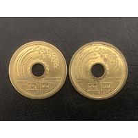 02 đồng xu Nhật Bản 5 Yên may mắn