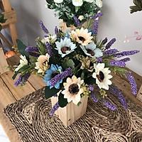Bình Hoa Giả - Hoa Cúc Nhỏ Và Hoa Lavender - Hoa Vải Cao Cấp - Hoa Đẹp Để Bàn