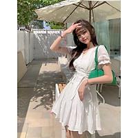 Váy trắng dây rút eo