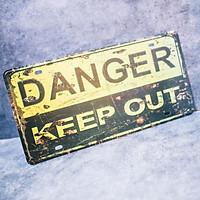 Danger keep out - Biển số 15x30cm vintage decor trang trí