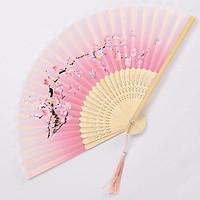 Quạt cổ trang hoa đào nền trắng hồng quạt xếp cầm tay phong cách Trung Quốc quạt trúc tặng ảnh thiết kế vcone