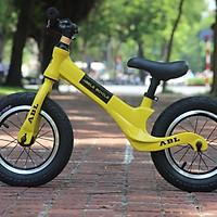 Xe thăng bằng cho trẻ từ 2 đến 6 tuổi