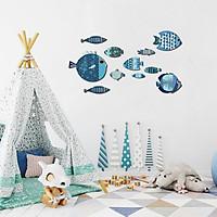 Tranh treo tường trang trí phòng khách, phòng ngủ - Bộ tranh The Little Blue Fishes (Những chú cá xanh bé xinh) hiện đại - Tặng kèm băng dính 3M chuyên dụng - BF16