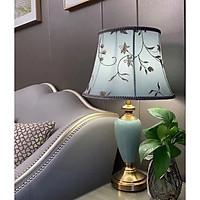 Đèn bàn sứ đẹp cao cấp trang trí phòng ngủ phòng khách kèm bóng led 3W 6989