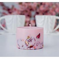 Nến thơm cao cấp bằng sáp đậu nành, màu tím nhạt, hương thơm từ tinh dầu hoa hồng, trang trí nụ hoa hồng lãng mạn