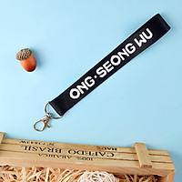 Móc khóa dây strap Ong Seongwoo WANNA ONE