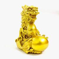 Tượng con Rồng vàng, chất liệu nhựa được phủ lớp màu vàng óng bắt mắt, dùng trưng bày trong nhà, những nơi phong thủy, cầu mong may mắn, tài lộc - TMT Collection - SP005233