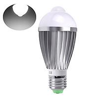 A C 85-265 V 7 W LEDs Light Bulb with PIR Motion Sensor & Light Control Auto Detection Lamp Sensitive Human Motion
