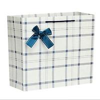 Túi đựng quà giấy kẻ caro