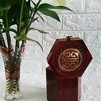 Hộp Đựng Gói Trà Gổ Hương Đỏ Quý Hếm Mặt Trạm Triện Gắn Chữ Thọ Đồng HTD01