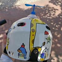Combo 2 chong chóng gắn nón bảo hiểm DORAEMON giao tùy màu