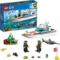 Bộ lắp rápThuyền Buồm Lặn Biển LEGO 60221 (Hàng Clearance-Không Đổi Trả)