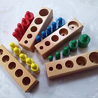 Bộ núm trụ Montessori sắc màu