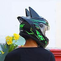 [CBHXM] Compo nón fullface AGU tem phản quang màu xanh lá gắn sừng batman đen và đuôi gió (Kính Trà)