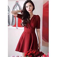Đầm đỏ xòe thắt eo