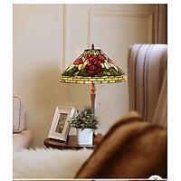 Đèn bàn Tiffany họa tiết Hoa đỏ sang trọng dành cho phòng ngủ