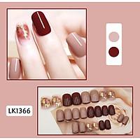 Bộ 24 móng tay giả nail thơi trang như hình (LK1366)