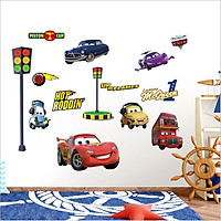 Decal dán tường cho bé trai - Vương quốc xe hơi Car McQueen (84 x 120 cm)