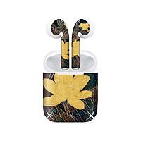 Miếng dán skin chống bẩn cho tai nghe AirPods in hình Bông Sen Trong Giếng Ngọc - lsm008 (bản không dây 1 và 2)