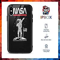 Ốp Iphone 12 In Hình Phi Hành Gia IPBOX Cho Iphone 12/11/Pro/Max/X/Xs/Max/Xr/7/8/Plus/Se/2020