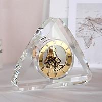Đồng hồ để bàn pha lê hình tam giác