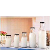 Sét 4 chai thủy tinh nắp vặn đựng nước, sữa, nước ép trái cây