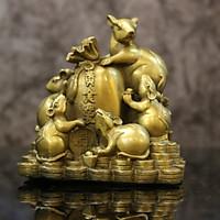 Linh vật  Chuột Ngũ Phúc cưỡi bao vàng