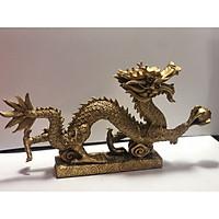 Tượng rồng cầm ngọc bằng đồng nguyên chất dài 30cm