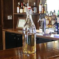 Combo 2 chai thủy tinh vuông nắp khóa cài dung tích 1000 ml - Sản xuất tại Ý