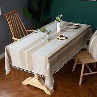 Khăn trải bàn KBCC08 MARYTEXCO chất liệu cotton thêu, đường may tinh xảo, viền tua rua sang trọng phù hợp với những không gian cao cấp, đem lại nét đẹp tinh tế cho căn phòng