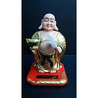 Phật Di Lặc Cầm Thỏi Vàng Vẫy Quạt Năng Lượng Mặt Trời